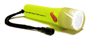 Pelican STEALTHLITE 2410 Recoil LED Sub/Photo Flashlight